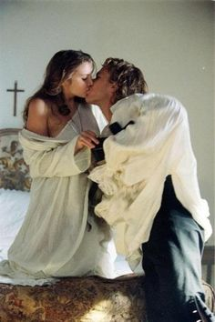 Casanova: Casanova (Heath Ledger) — ever the romantic — kisses Francesca (Sienna Miller).