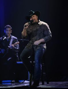Tate Stevens.  What a set of pipes. Incredible.  |Pinned from PinTo for iPad|