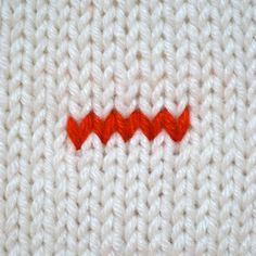 I have some good news. And, I have some bad news. Good news first: there is nooneright way to weave in your ends. So, chances are, you haven't been doing it wrong!Now, thebad news: there are so many different ways to weave in your ends, you might not be doing it the best way either.