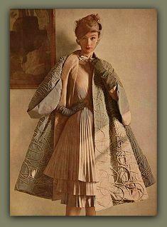 vintage 1950s fashion louise Dahl Wolfe