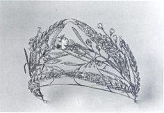 Questo diadema con le spighe di grano apparteneva ai Romanov