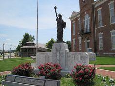 Paragould War Memorial in Greene County, Arkansas