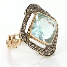 Vintage 14 Karat Yellow Gold Aquamarine Diamond Large Cocktail Ring Estate Jewelry