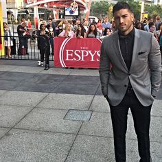 """Mario Rodriguez on Instagram: """"At the #ESPYS with my agent for sports biggest awards show! @espn @e11venmediagroup #espn #mario885 #lalive"""""""