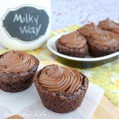 @KatieSheaDesign ♡♡ #CupCakes ♡♡ Milky Way Brownie Cupcakes