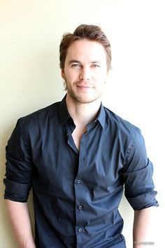 Taylor Kitsch - Tim Riggins is awfully good looking.