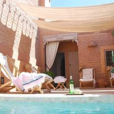 Entspannen auf der Dachterrasse des Hotel Riad Dar Housnia - Marrakesch, Marokko