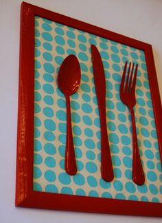 Kitchen Art by Char via Crap Ive Made --- Blue and Brown Polka Dot Contact Paper to match the rest of the panty; ponder what color to paint the silverware. my kitchen ideas Design Seeds, Painted Spoons, Dc Fix, Cocina Diy, Silverware Art, Tips And Tricks, Crafty Craft, Crafting, Dollar Stores