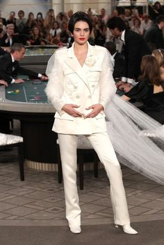 Hot or Not: Kendall Jenner's Chanel Couture Bob http://amehkristine.buzznet.com/user/journal/25272142/hot-not-kendall-jenners-chanel/#