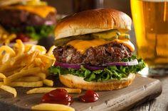 Buy Grass Fed Bison Hamburger by on PhotoDune. Grass Fed Bison Hamburger with Lettuce and Cheese Chili Cheese Burger, Delicious Burgers, Delicious Food, Hamburger Recipes, Pizza Recipes, Good Burger, Pizza Burger, Burger Buns, Places To Eat