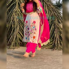 Image may contain: one or more people, people standing and outdoor Punjabi Suits Designer Boutique, Boutique Suits, Indian Designer Suits, Indian Suits, Indian Dresses, Embroidery Suits Punjabi, Kurti Embroidery Design, Embroidery Fashion, Hand Embroidery
