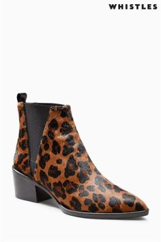 Kotníčkové boty Whistles s leopardím vzorem Leopard Print Ankle Boots, Latest Fashion For Women, Mens Fashion, Heeled Mules, Whistles, Footwear, Booty, Heels, Accessories