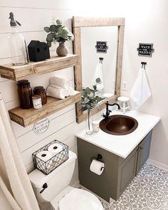 What do you think of this cute modern farmhouse bathroom? (Modern decor house interior design, modern decor inspiration design trends, modern home decor grey colour schemes, modern decor inspiration bathroom makeover. Home Design, Big Design, Bathroom Interior, Bathroom Modern, Cute Bathroom Ideas, Bathroom Trends, Small Bathroom Ideas On A Budget, Farmhouse Bathroom Sink, Master Bathroom