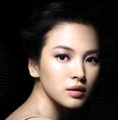 New Ideas Wedding Makeup Natural Asian Song Hye Kyo Soft Bridal Makeup, Natural Wedding Makeup, Bride Makeup, Natural Makeup, Soft Makeup, Pink Makeup, Bridal Hair, Song Hye Kyo, Asian Makeup Tips