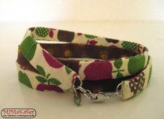Wickelarmband aus Stoff in braun/rot/grün