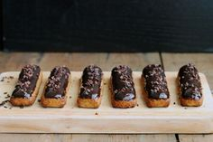 Simple Chocolate Eclairs