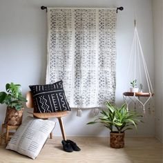 White Mud Cloth Tapestry, Wall Hanging, African Mudcloth Wallhanging, Geometric…