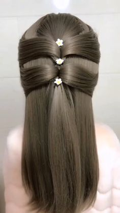 Hairstyle Tutorial 1001 Wig Type: Synthetic Lace Front WigMaterials: Heat Resistance SilkHair Length: 24 Inch H. Easy Hairstyles For Long Hair, Straight Hairstyles, Braided Hairstyles, Cool Hairstyles, Hairstyles Videos, Short Hair, Curly Hair Styles, Natural Hair Styles, Hair Upstyles