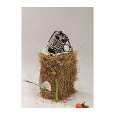 SAGAN Vienna flower bucket seen by Raidt Lager, styling Max Maerzinger. Kimono Pattern, Flower Bag, Vienna, Bucket, Christmas Ornaments, Holiday Decor, Flowers, Inspiration, Collection