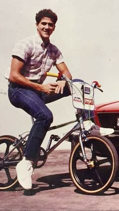 Grandfather of Freestyle BMX Bmx Bicycle, Bmx Bikes, Haro Bmx, Old Scool, Bmx Racing, Bmx Freestyle, Old Motorcycles, Skate Park, Motorcycle Gear