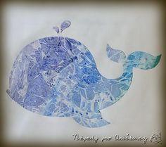Tyto krásné efekty docílíte velmi jednoduše. Pomalujte papír vodovkami, ještě na mokrou kresbu připlácněte igelitový sáček - nejlépe trochu pomačkaný. Nechte trochu zaschnout a igelit strhněte.