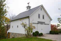 New England Barn - Custom Barns Farm Plans, Barn House Plans, New House Plans, Building A Garage, Metal Building Homes, Building A House, Barn Garage, Garage House, Barn Conversion Exterior