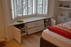 Window Seat with cupboards and drawers 3
