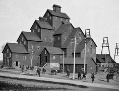 The Quincy No.2 Shaft/Rockhouse During Her Adolescent Years. -1890s
