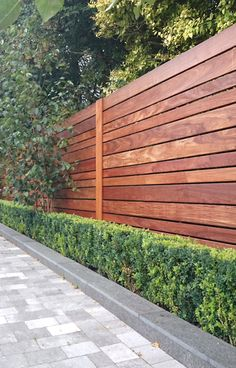 modern fence styles full image for contemporary garden fence designs hardwood fence modern fence backyard gardens and modern metal fence ideas modernbackyardgarden # Wood Fence Design, Modern Fence Design, Privacy Fence Designs, Privacy Fences, Modern Wood Fence, Chain Link Fence Privacy, House Fence Design, Driveway Design, Backyard Fences