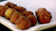 Arancini di Riso recipe from Giada De Laurentiis 🐱 Tasty...! Made with cremini mushrooms instead for a cheaper alternative