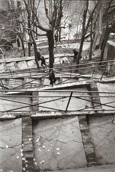 Henri Cartier-Bresson - Père-Lachaise, Paris - 1932