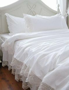 White Elegant Lace Duvet Cover Bedding Set