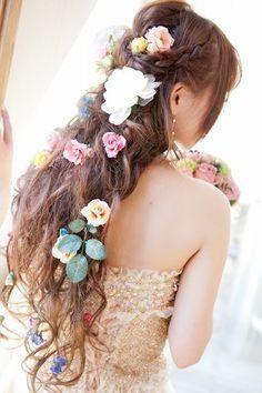 ラプンツェル&エルサ風の髪型!結婚式の三つ編み花嫁ヘアスタイル - NAVER まとめ