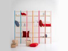 Ideas decorativas.  Estanterías realizadas con sillas