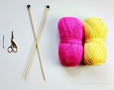 Nejjednodušší ponožky | KLUB RUČNÍHO PLETENÍ -víc než vzory a návody pro vaše šikovné jehlice Crochet Blouse, Bobby Pins, Hair Accessories, Knitting, Beauty, Socks, Stockings, Tricot, Hair Accessory
