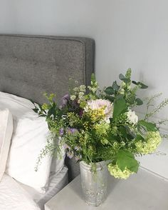 Wild English flower bouquet and grey walls #bloomandwild #boden
