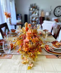 Dining Delight: Thanksgiving Tablescape for a Small Gathering Fall Table Settings, Thanksgiving Table Settings, Thanksgiving Tablescapes, Thanksgiving Feast, Kitchen Sideboard, Homemade Buns, Leaf Bowls, Chocolate Dreams
