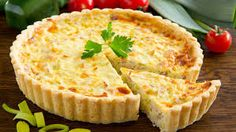Our chef Sebastien Baud shares once again one of his favourite recipe. This month, we continue our Grand Tour in North East France to make a stop in Lorraine. You might have guessed it : this month's recipe is the quiche Lorraine. Quiche Lorraine, Low Fiber Foods, Low Fiber Diet, Quiches, Tortas Light, Coconut Flour Pie Crust, Ways To Cook Eggs, Quiche Recipes, Flour Recipes