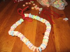 cereal necklace for almost sleepover party