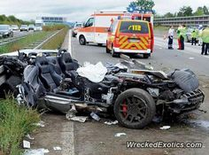Dodge Viper crashed in Wiesbaden, Germany