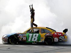 NASCAR: Kyle Busch gets wins at Richmond Kyle Busch capped a perfect weekend Saturday night by winning the spring race at Richmond for the fourth consecutive year. The victory snaps a winless streak for Busch, and came a day after he went to Vict M&m Nascar, Kyle Busch Nascar, Nascar Race Cars, Nascar Picks, Racing Baby, Sports Car Racing, Racing Team, Kyle Bush, Spring Racing