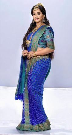 Beautiful Girl Photo, Beautiful Girl Indian, Beautiful Saree, Beautiful Women, Beauty Full Girl, Beauty Women, Most Beautiful Bollywood Actress, Indian Actress Hot Pics, Actress Photos