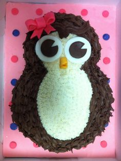 Little girl owl - An owl cake done for a little girl's first birthday - she just LOVES owls!