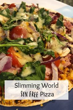 Slimming World Syn Free Pizza. Slimming World Pizza, Slimming World Fakeaway, Slimming World Dinners, Slimming World Recipes Syn Free, Clean Eating Pizza, Clean Eating Salads, Clean Eating Chicken, Clean Eating Breakfast, Healthy Eating