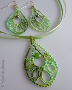 Yarnplayer's Tatting Blog: Trendy Teardrop in green