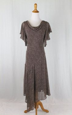 ADRIANNA PAPELL Long Silk Chiffon 1920's Style Flapper Gatsby Deco Dress Gown 6 #AdriannaPapell #AsymmetricalHemFlapperTeaDress #Cocktail