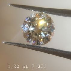 1.20 ct J color SI1 clarity Shape : Round Cut  Clarity : SI1 Color : White J Origin : Tanzania Treatment : Untreated 100% natural diamond The picture is in the same color & quality  This is nonrefundable item. This is for security issue. If you want certificate, we can send to IDL international labratory. That costs 100 dolar extra.  If you have any question, Or any spesific requirement, Or selection of any diamond lot, Just send an email : gemaddicted(at)gmail.com  Regards, Grand Bazaar…