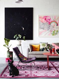 Art in eclectic living room. #Painting #Decoration