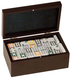 Personalized Dominoes Set (Includes 92 Dominoes)
