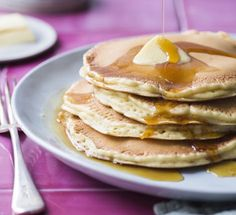 Hotcakes A weekend breakfast doesn't get much more fabulous than this! Cooking Time, Cooking Recipes, Healthy Recipes, What's Cooking, Healthy Food, Kiwi, Chelsea Winter, Winter Food, Breakfast Recipes